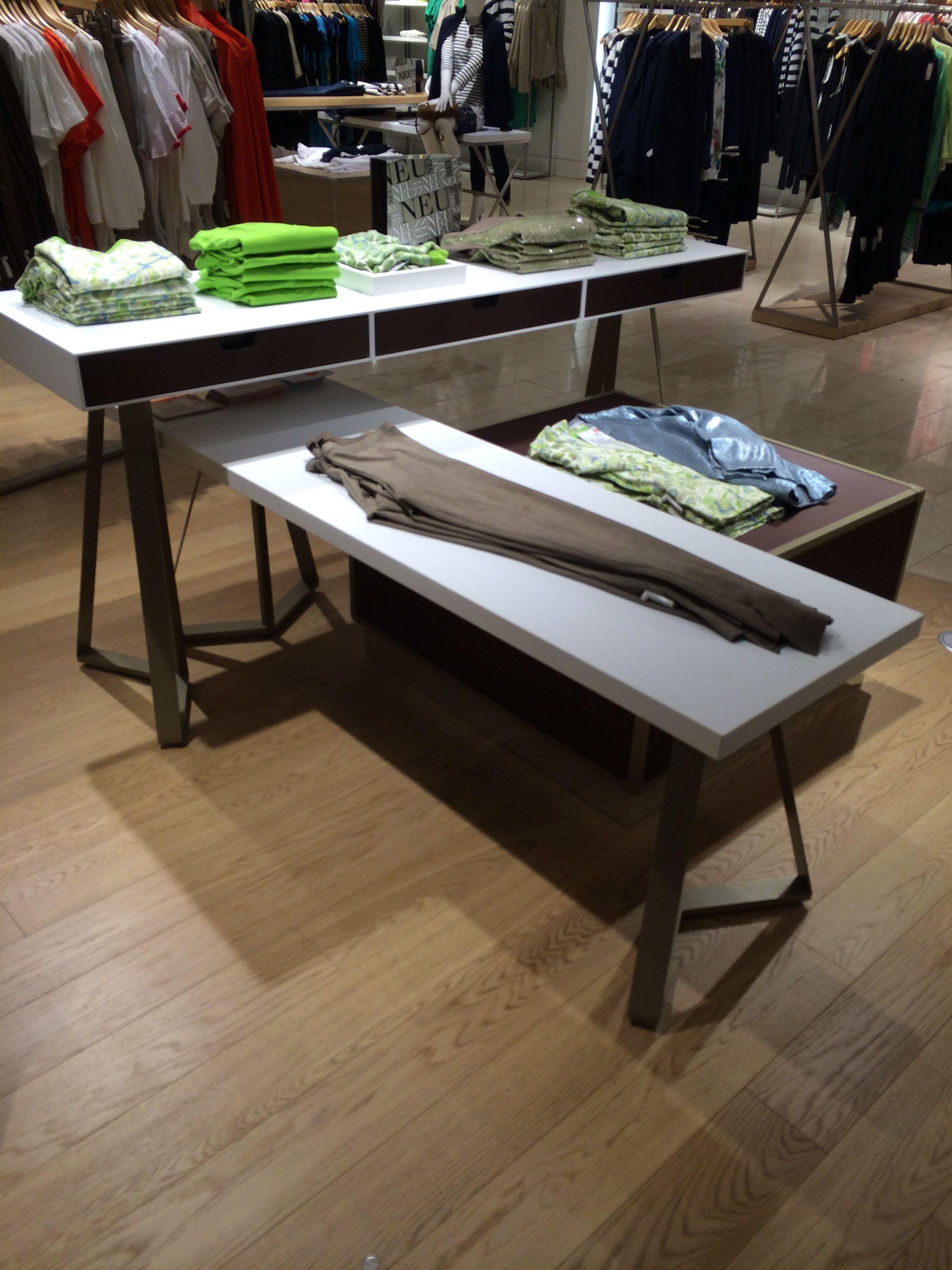 Dusseldorf Retail   Mannequins, Retail Fixtures, Display Tables, Clothing  Racks, Visual Merchandising