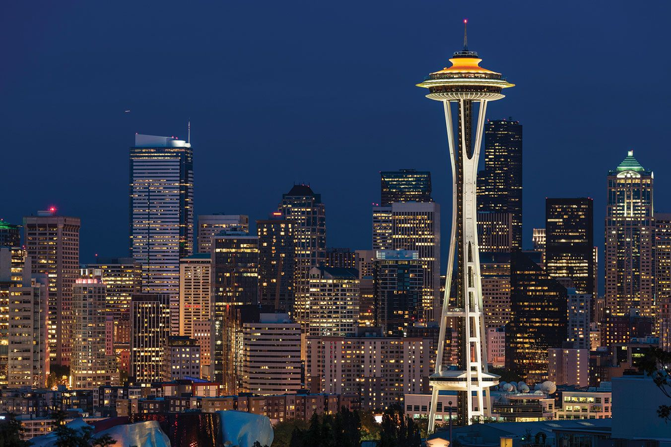 Sky High? How to Do the Space Needle Right  Make the most of your pricey elevator ride