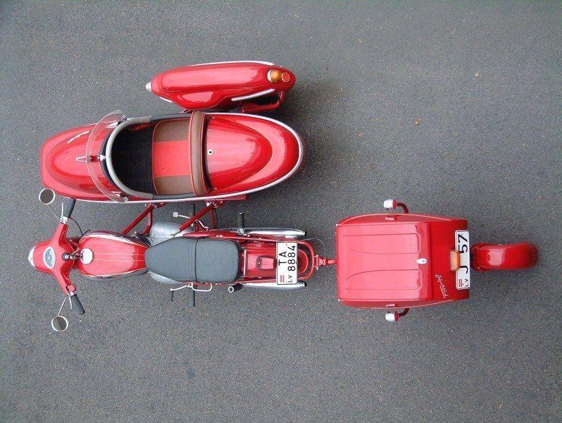 Jawa 350 с боковым прицепом Velorex 561 и мотоприцепом PAV 40