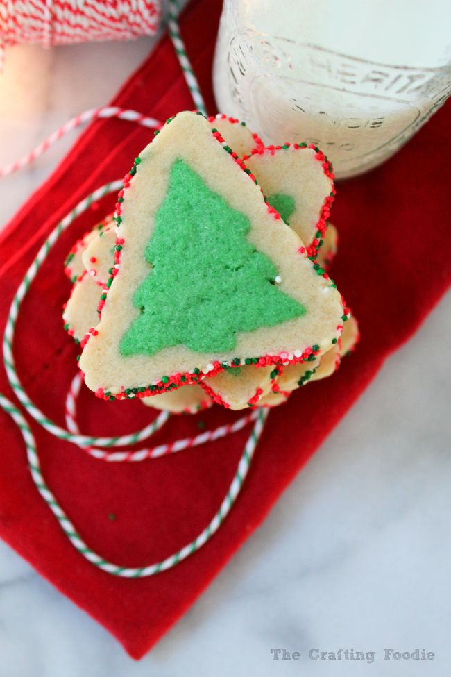 Evergreen Sugar Cookies by The Crafting Foodie featured on Club