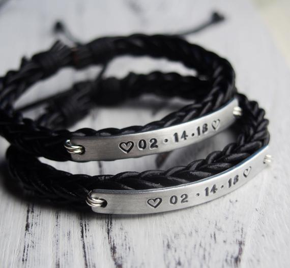 d21310ba11f5f Custom 1 year anniversary gifts, Couple bracelets, couples gifts ...