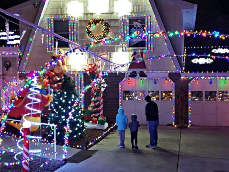 808c02326b7e29ba470fb7efb2b19cb3 - Savannah Botanical Gardens Christmas Lights 2018