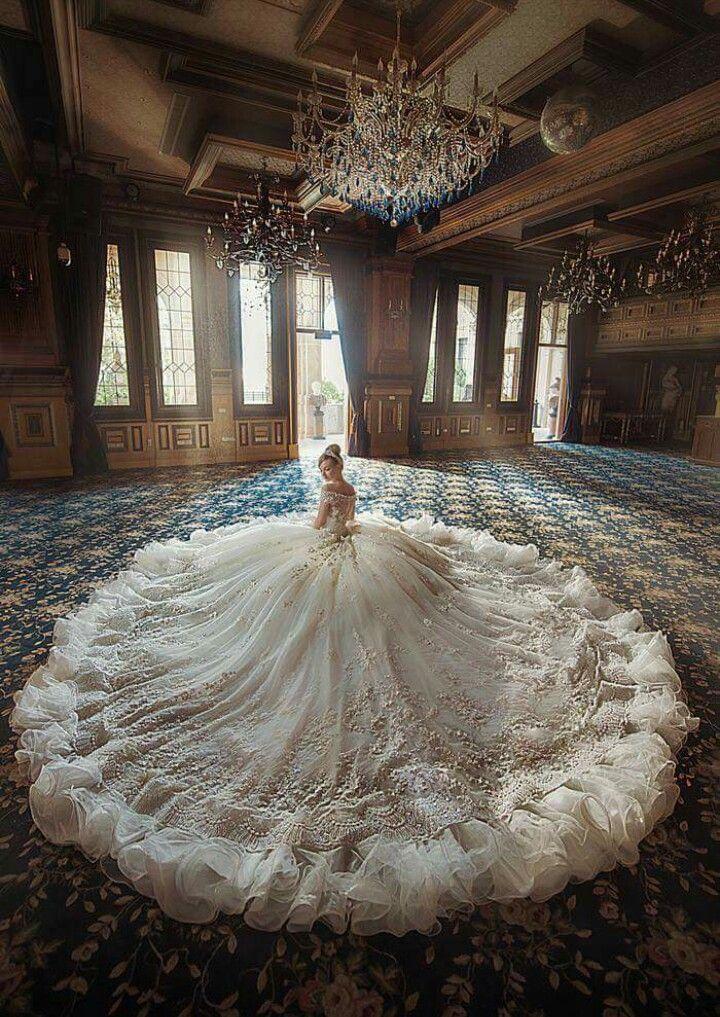 Photo of Indonesisch. Prinz Prinzessin. Etikette. Raden Monica Silvia. Das