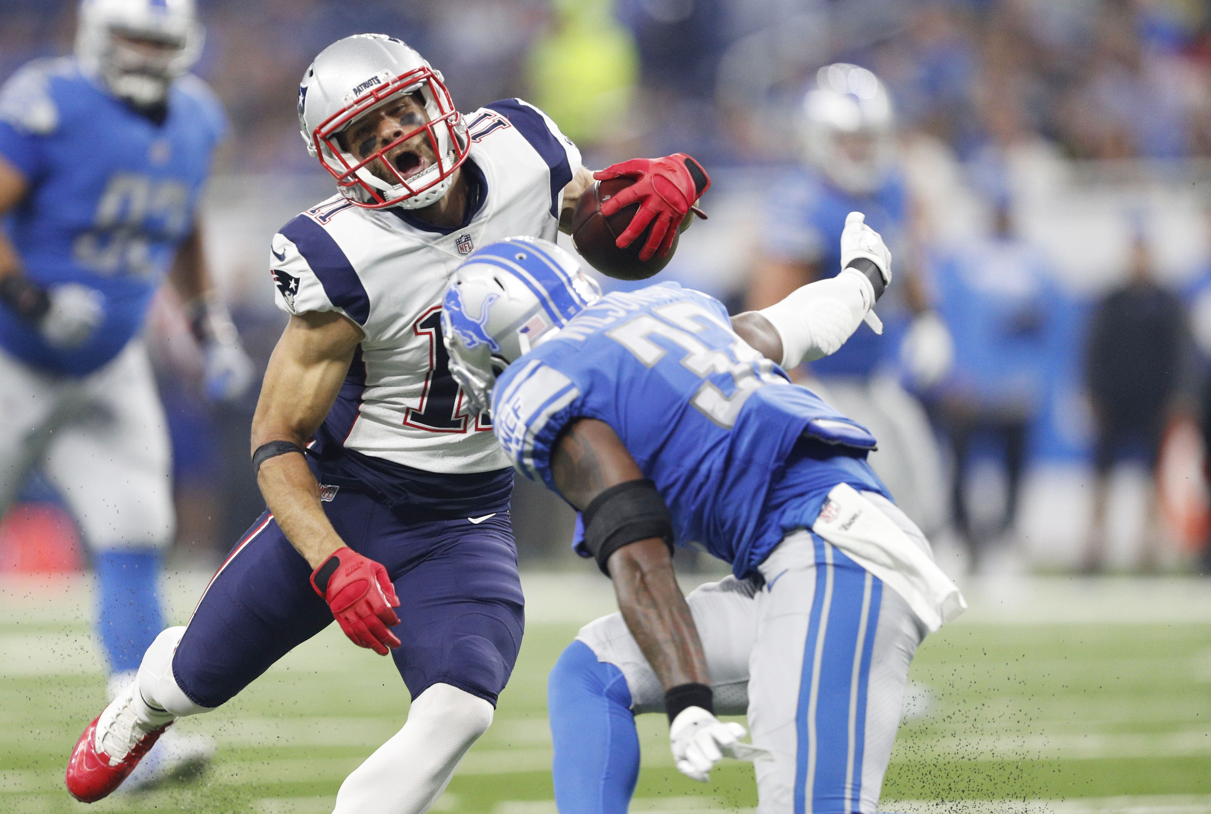 Patriots Vs Titans Tuesday Injury Report Seven Limited For New Englands Walkthrough Nfl News Nfl Update Nfl Nfl Slash In 2020 Patriots Injury Report Nfl News