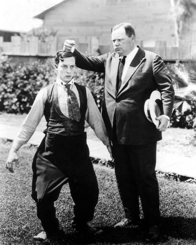 Buster Keaton & Fatty Arbuckle   Brujo mayor, Comedia, El brujo