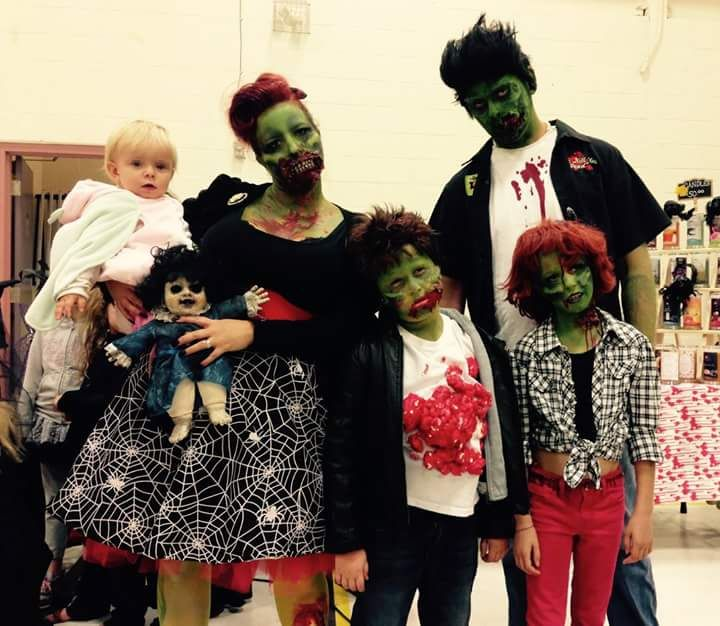 50 Best Family & Group Halloween Costume Ideas for 2018 | Group