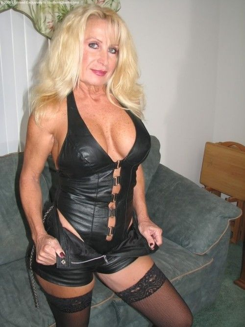 dana cougar women Anilos milf tube feature the hottest moms in tube videos from aniloscom.