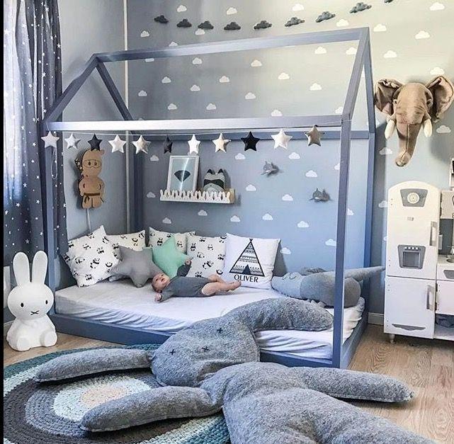 pin von shyangtzy tzeng auf room kid pinterest kinderzimmer kinderzimmer ideen und. Black Bedroom Furniture Sets. Home Design Ideas