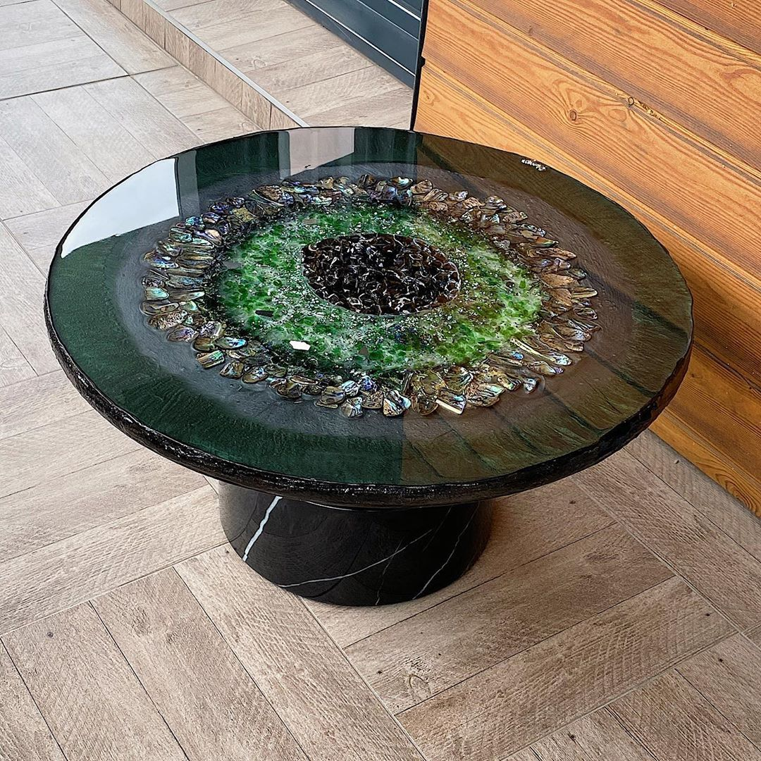 This customized table by @hunaiza.n.ashraf is going to Belgium! What do you think of this? Comment below! 💛 . 💣 Original @hunaiza.n.ashraf Use #artandepoxy & #craftresin to be featured! 👉 Buy Ultimate Epoxy @craft.resin . . . . . . #crafts #customfurniture #customfurnituredesign #customtumblers #decoration #design #diningtable #diycrafts #ecopoxy #epoksi #epoxidharz #epoxy #epoxyandwood #epoxybank #epoxybartop #epoxyrivertable #epoxytable #epoxytables #epoxytabletop #epoxydecor