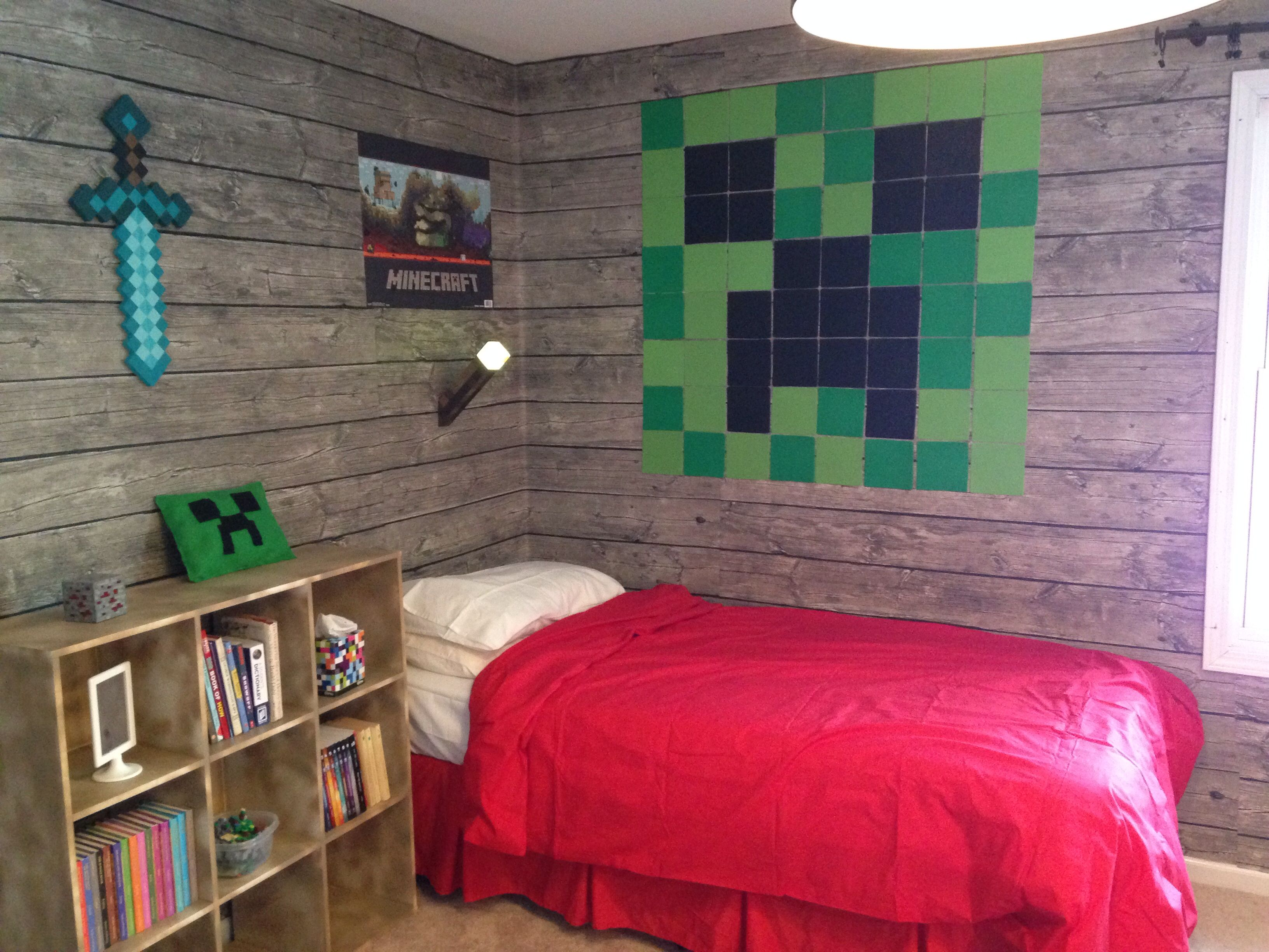 Minecraft Bedroom My Son Loves It Check Out Http Minecraftfamily Com For Cool New Minecraft Stuff Minecraft Bedroom Minecraft Room Cool Room Designs