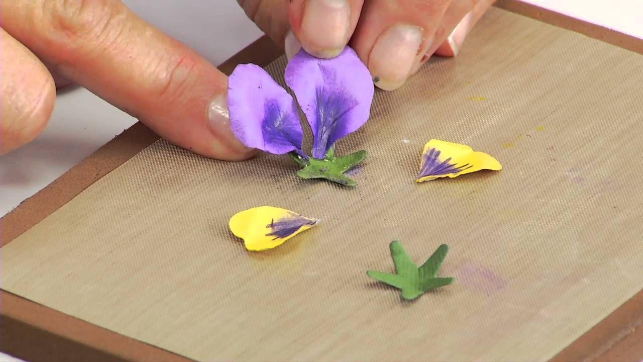 Pansy Sizzix Thinlits Die Set 12pk Flower Pansy Violet Item 658419 Regular Price 19 99 Paper Flower Tutorial Violet Flower Handmade Flowers