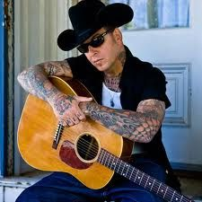 Mike Ness, one of my biggest musical idols since the 7th grade.
