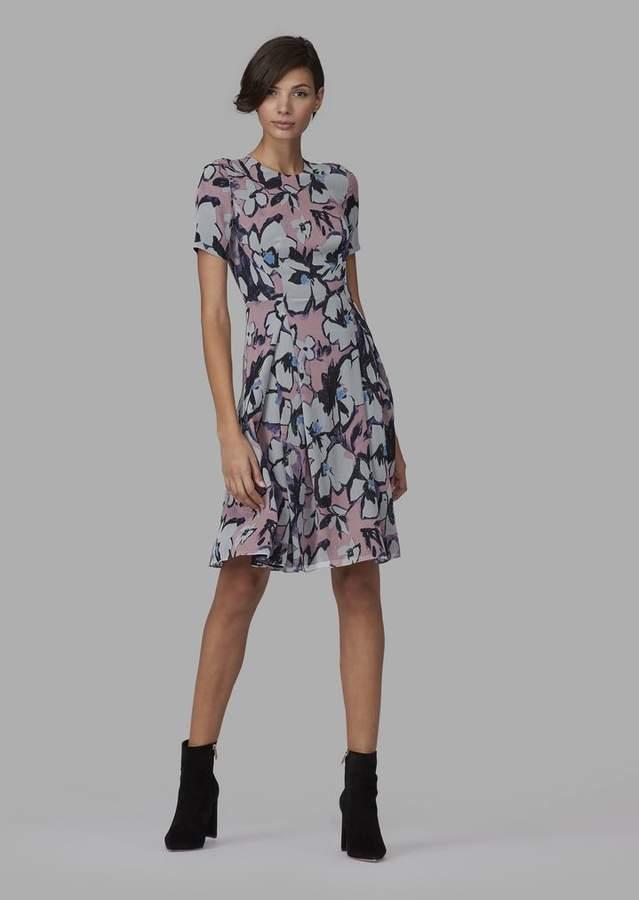 8d6071b3ae64 Giorgio Armani Dress