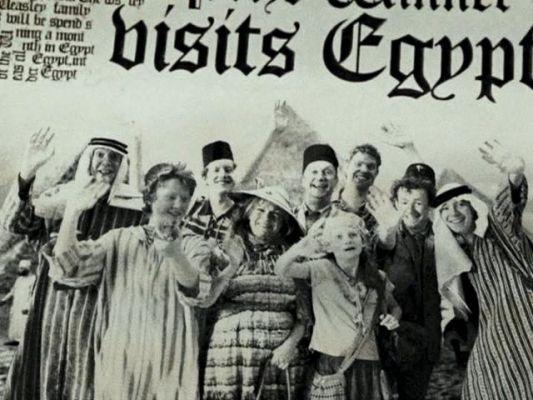 weasley family in egypt | Weasley family, Ginny weasley, Weasley