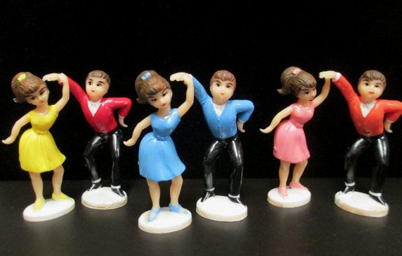Mint Condition Vintage Wilton Cake Topper 50/'s Teens  Dancing 1979