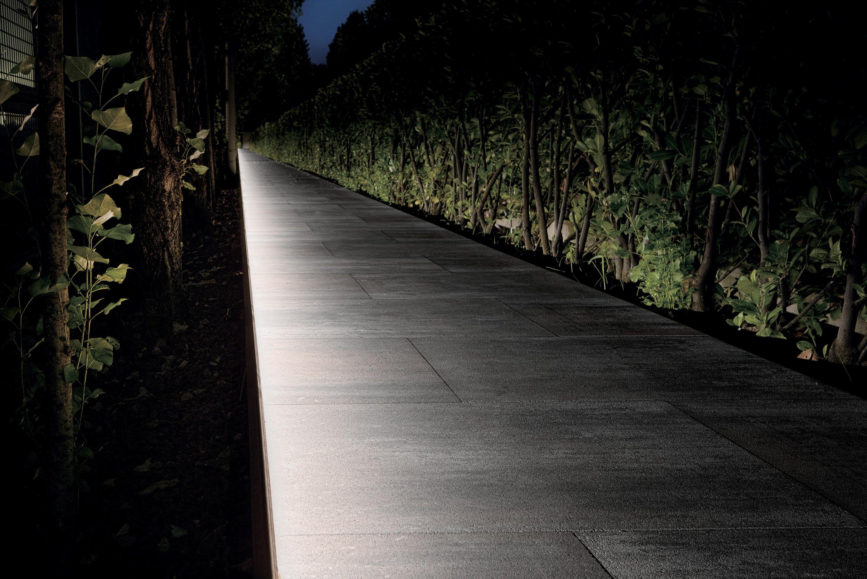 Driveway Bollard Lighting Ideas Landscape Lighting Landscape Lighting Design Bollard Lighting