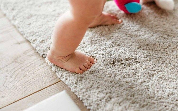 Astuces De Grand Mere Pour Un Nettoyage Tapis De Facon Naturelle Nettoyage Tapis Decor En Tissu Tapis Original
