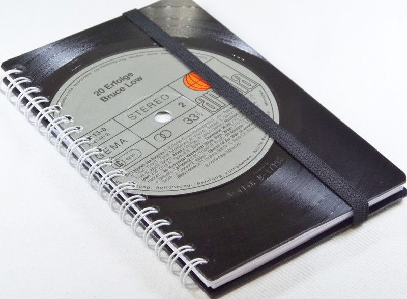 KALENDER++von+VinylKunst+Aurum+-+Schallplatten+Upcycling+der+besonderen+ART+auf+DaWanda.com