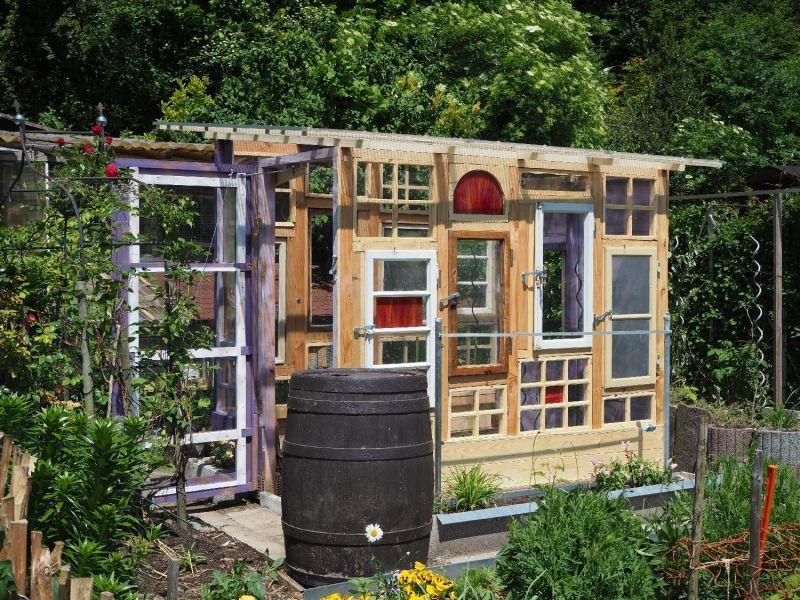 Gartenhaus/Gewächshaus aus alten Fenstern Bauanleitung