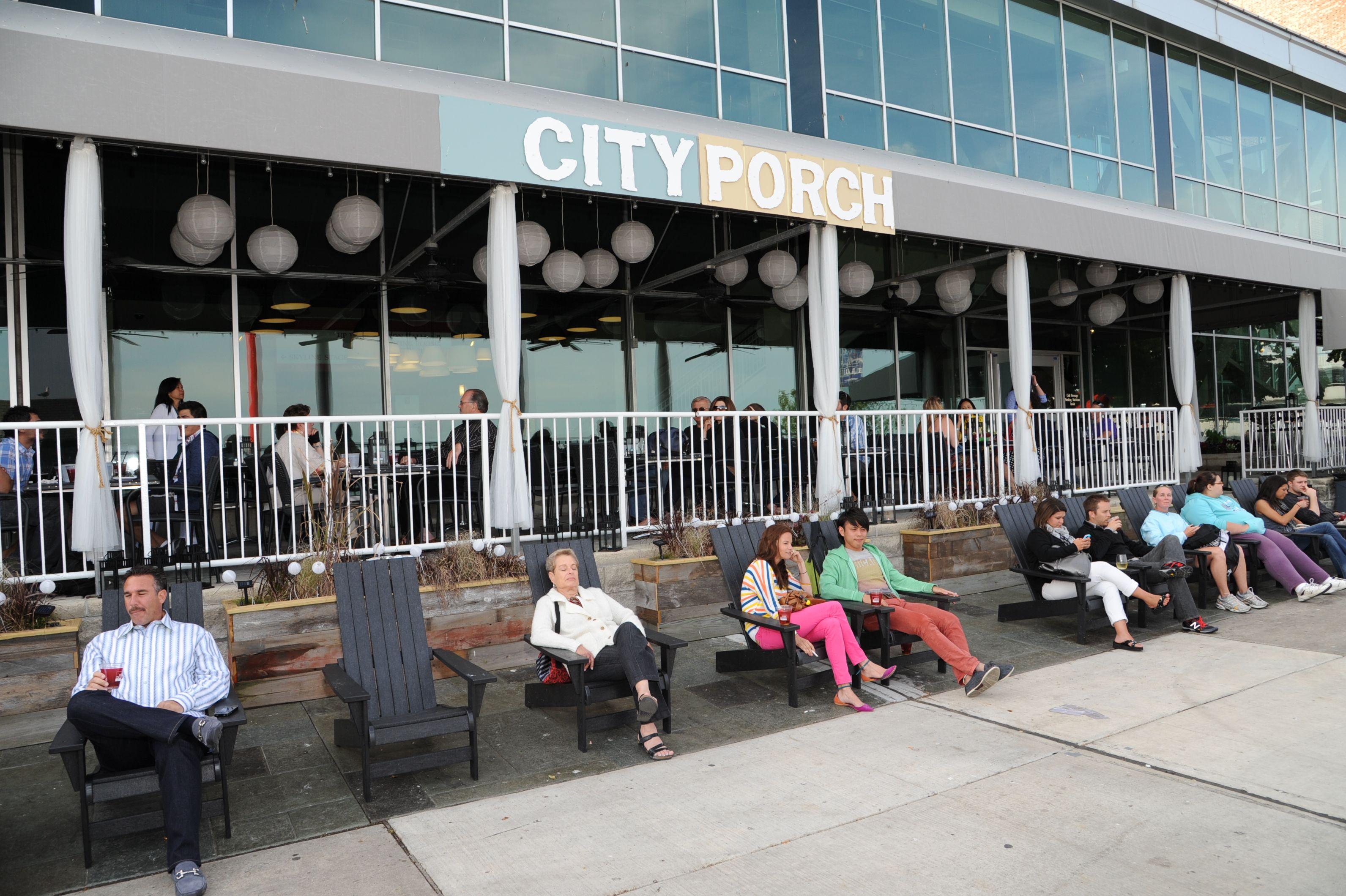 Pop Up Restaurant City Porch Open Seasonally At Navy Pier