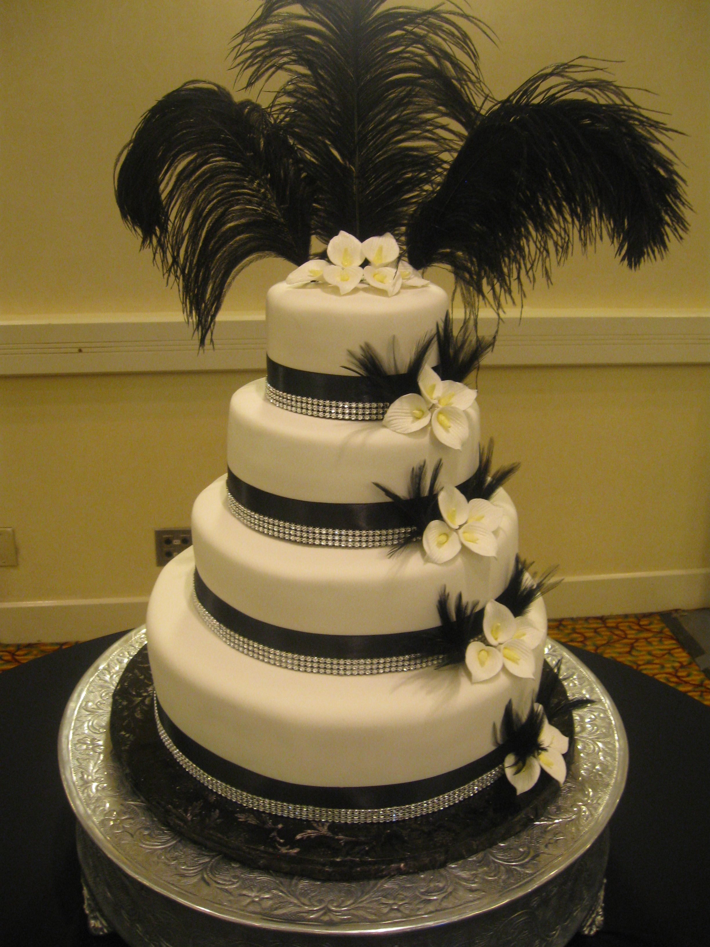 Black and White Wedding Cake with Rhinestones and Calla Lillies, 11 ...