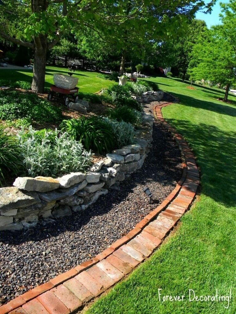 Diy Lawn Edging Ideas For Beautiful Landscaping Triple Edged Garden With Stones Pebbles And Brick Brick Garden Diy Lawn Landscape Edging