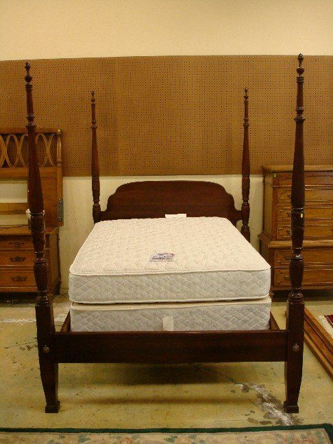 Lot 30 Mahogany Wheat Carved Queen Size Four Poster Bed Lot