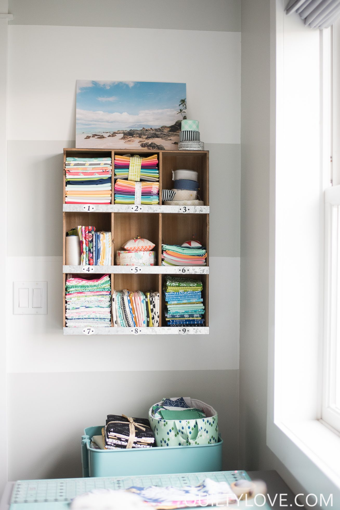 Quilting (and working) in a small space | Creative, Quilting room ...