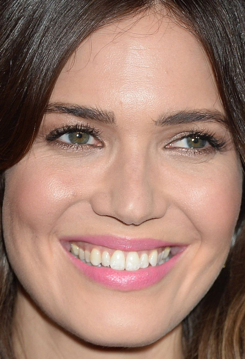 From natalie to elizabeth 17 of the most lovely beauty looks close up of mandy moore at the 2017 nbc universal winter press tour baditri Image collections