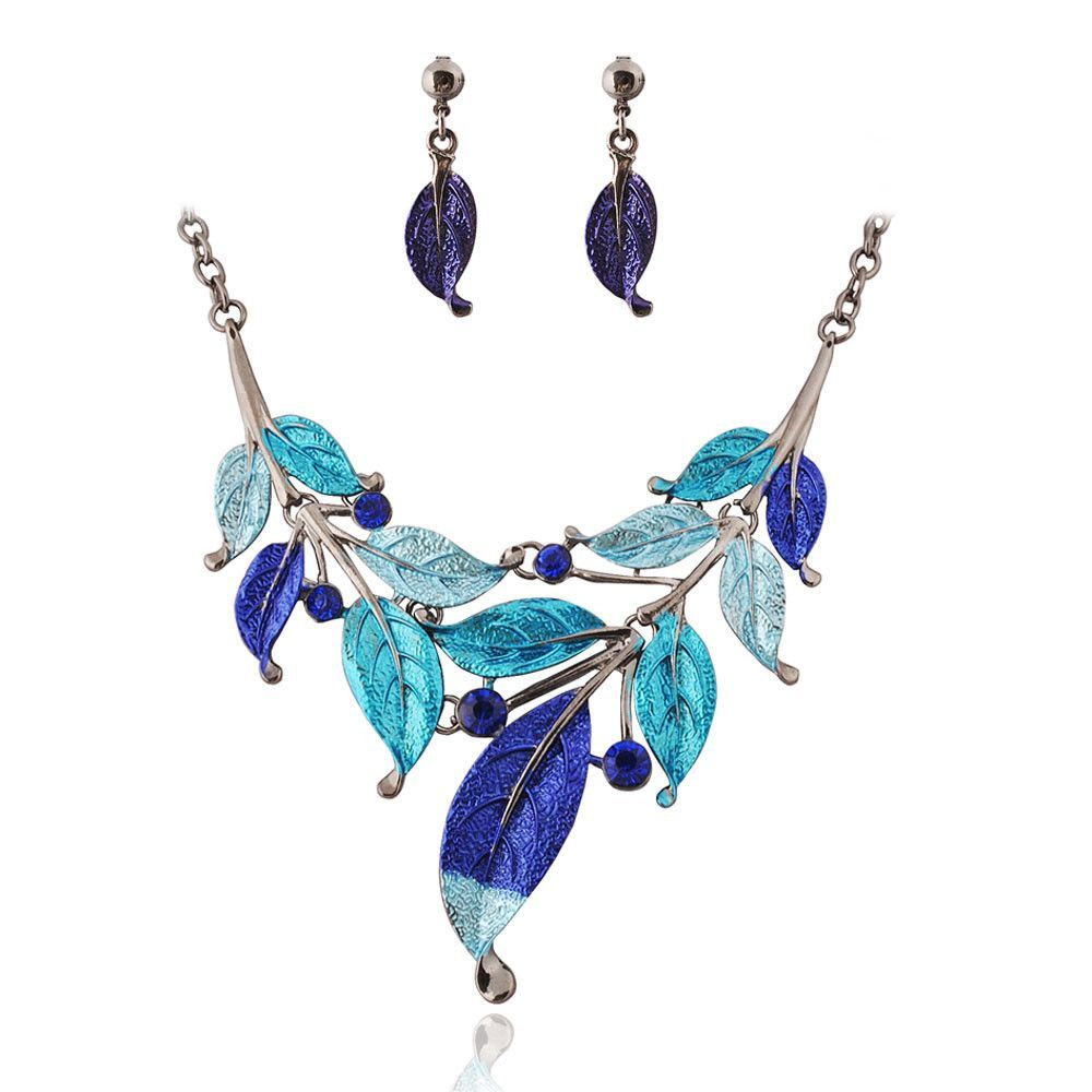 Latest leaf clusters necklace crystal jewelry necklace fine jewelry