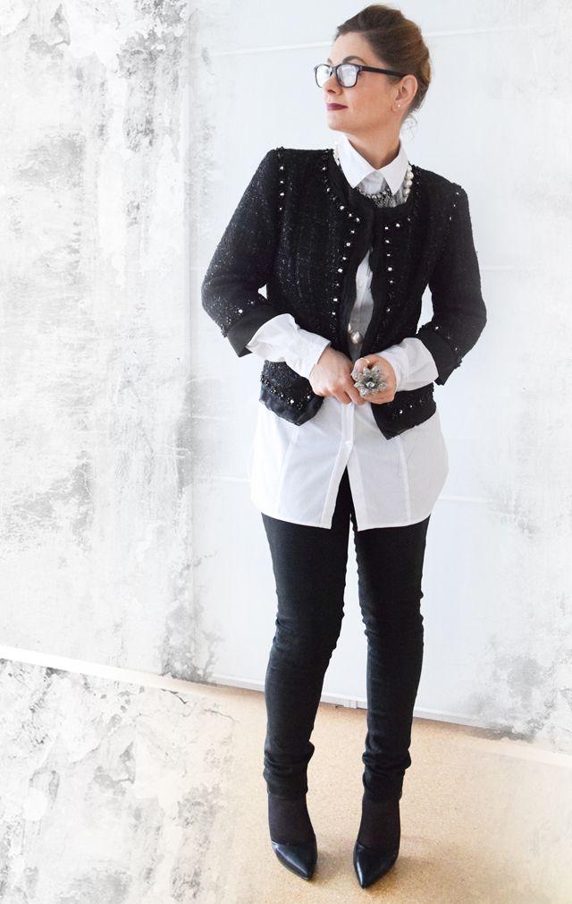 schwarz wei look mit boucl jacke outfit sponsored. Black Bedroom Furniture Sets. Home Design Ideas