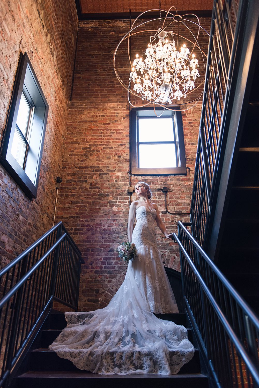 Industrial Rustic Wedding Reception Venue Indianapolis Indiana Photo Stewa Wedding Venues Indiana Cheap Wedding Reception Venues Industrial Wedding Venues