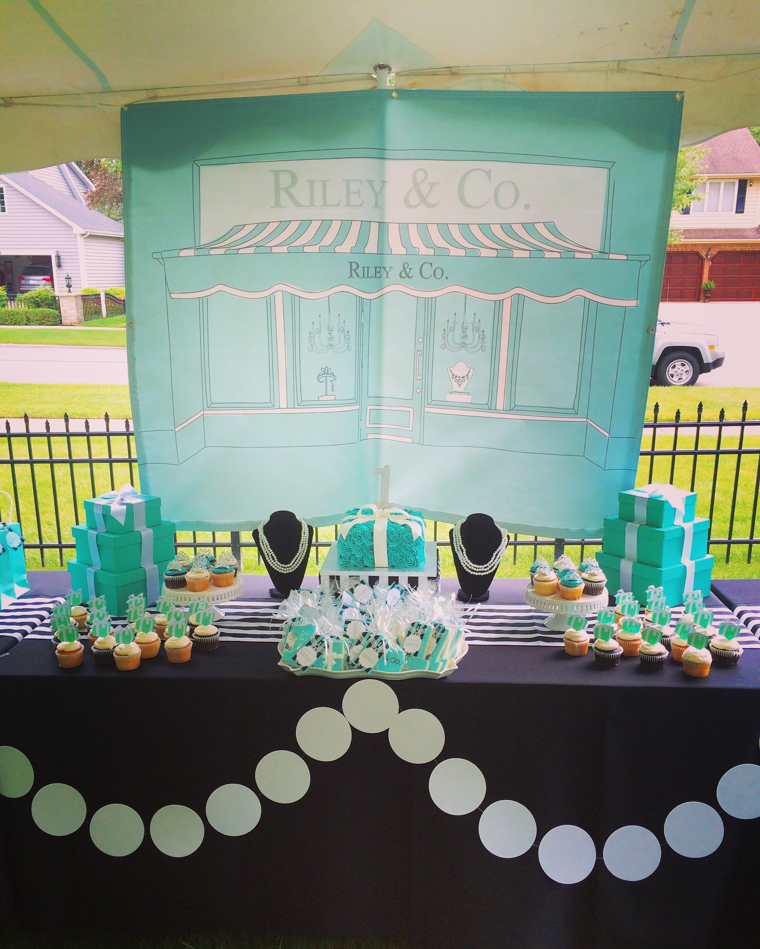 This Tiffany Themed Party Was Designed With Perfection