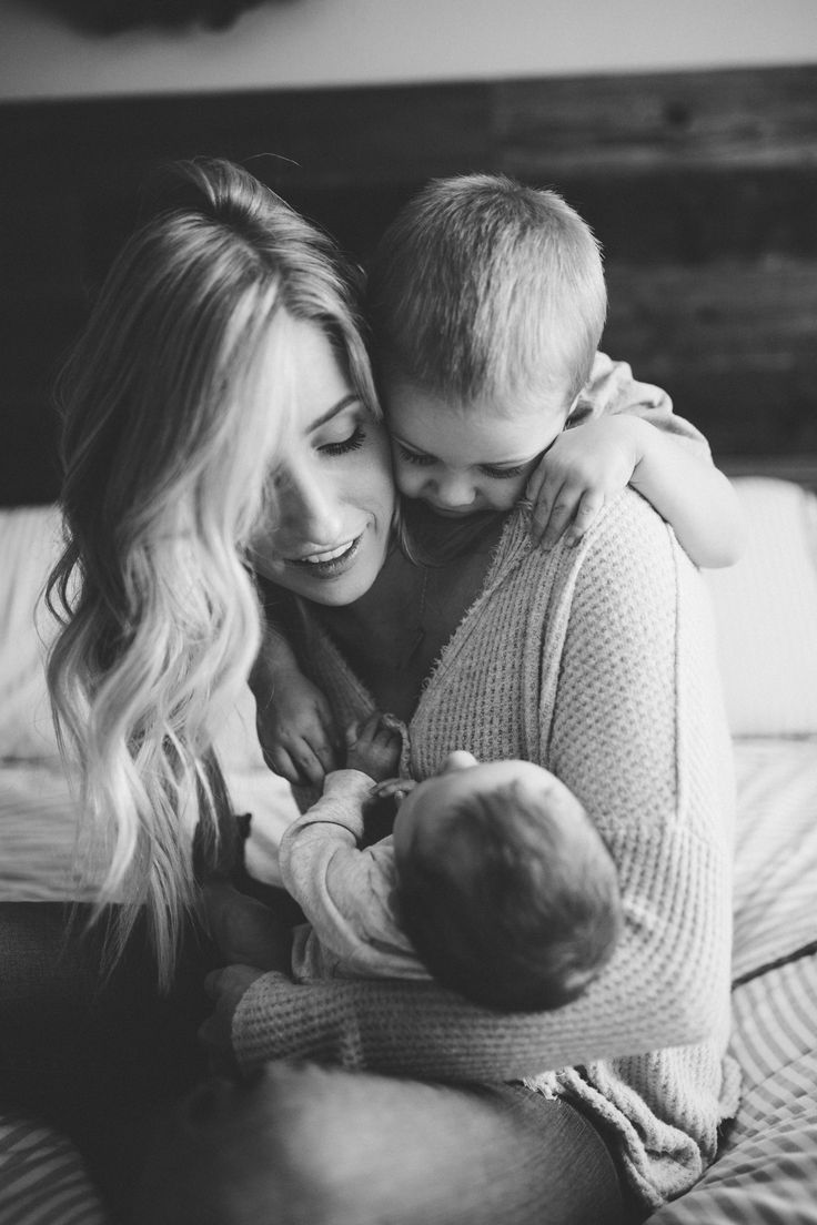 Photo of Toller Moment in einer Newborn-Homestory