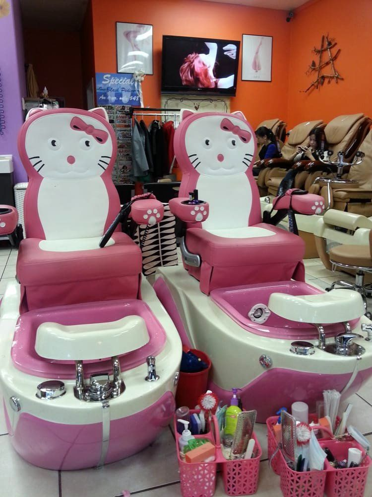 Play Hello Kitty Nail Salon Game Here - A Animal Game on