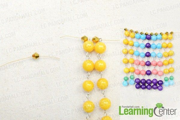 http://lc.pandahall.com/articles/2082-perfect-sundress-partner-making-your-own-fringe-statement-necklace-with-colorful-beads.html
