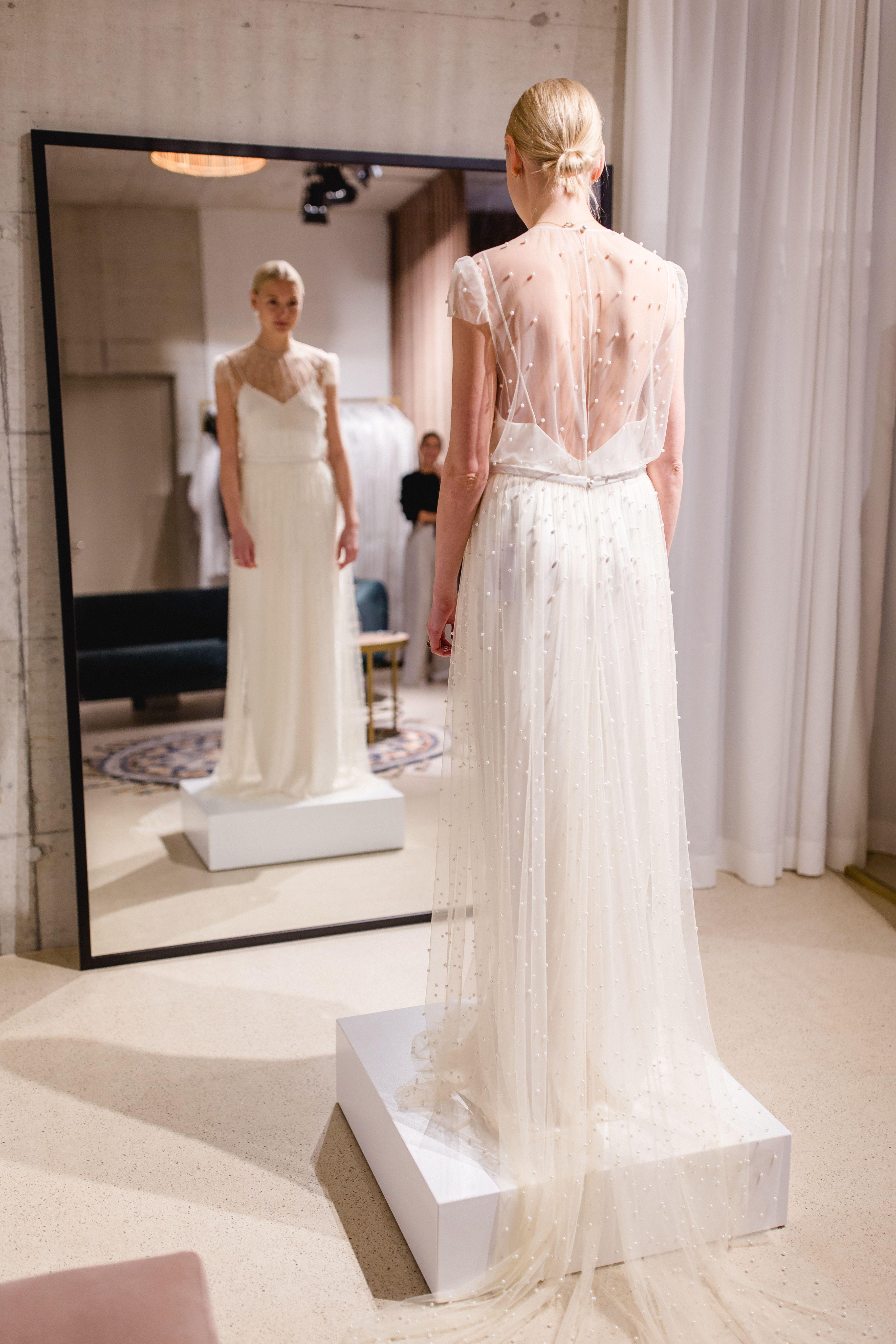 Hera Store Zürich by Livia Bass Photography #wedding #weddingdress