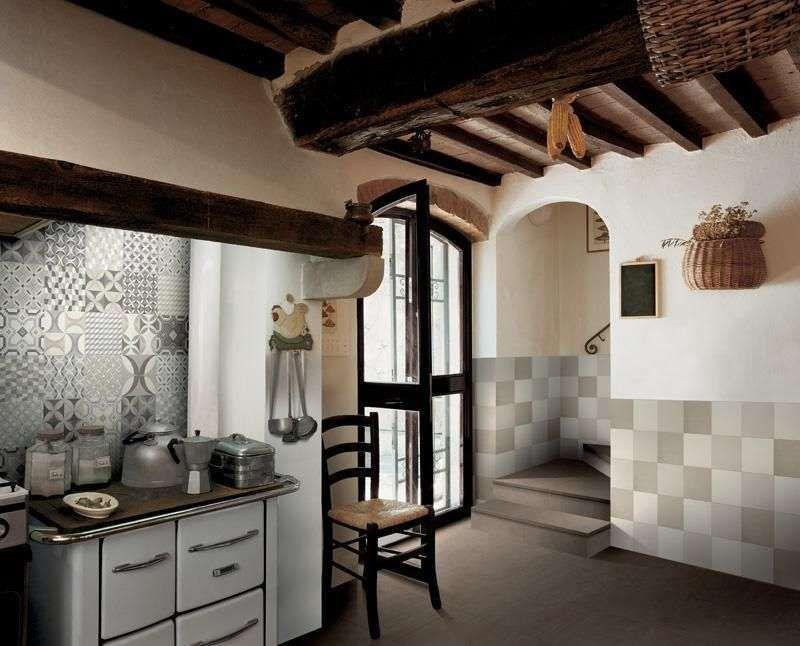 Arredare la cucina con le piastrelle cementine cementine in