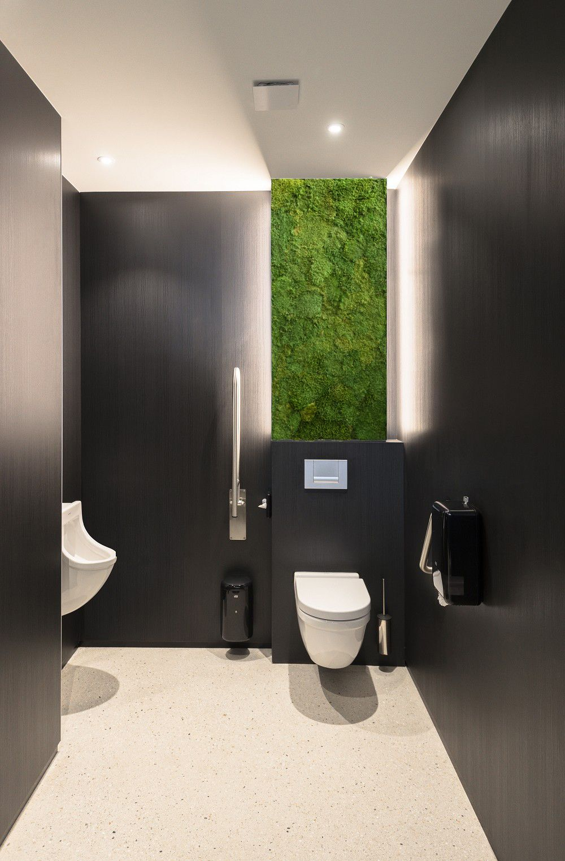 Naturally Persevered Moss Wall Panel Bathroom Interior