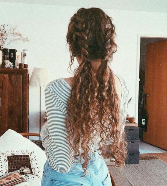 Lockenfrisuren – Verschiedene Frisuren, kurzes und langes Haar,  #CurlyHairstyleshalfup #Curl…