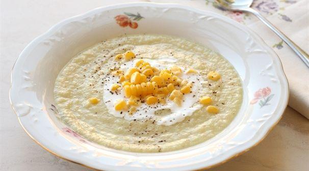 מתכון למרק כרובית עם גרעיני תירס טריים