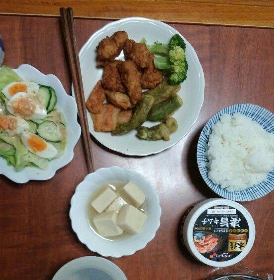 8月2日(日) 晴れ 鳥天 獅子唐 人参 高野豆腐 サラダ キムチ 65.2