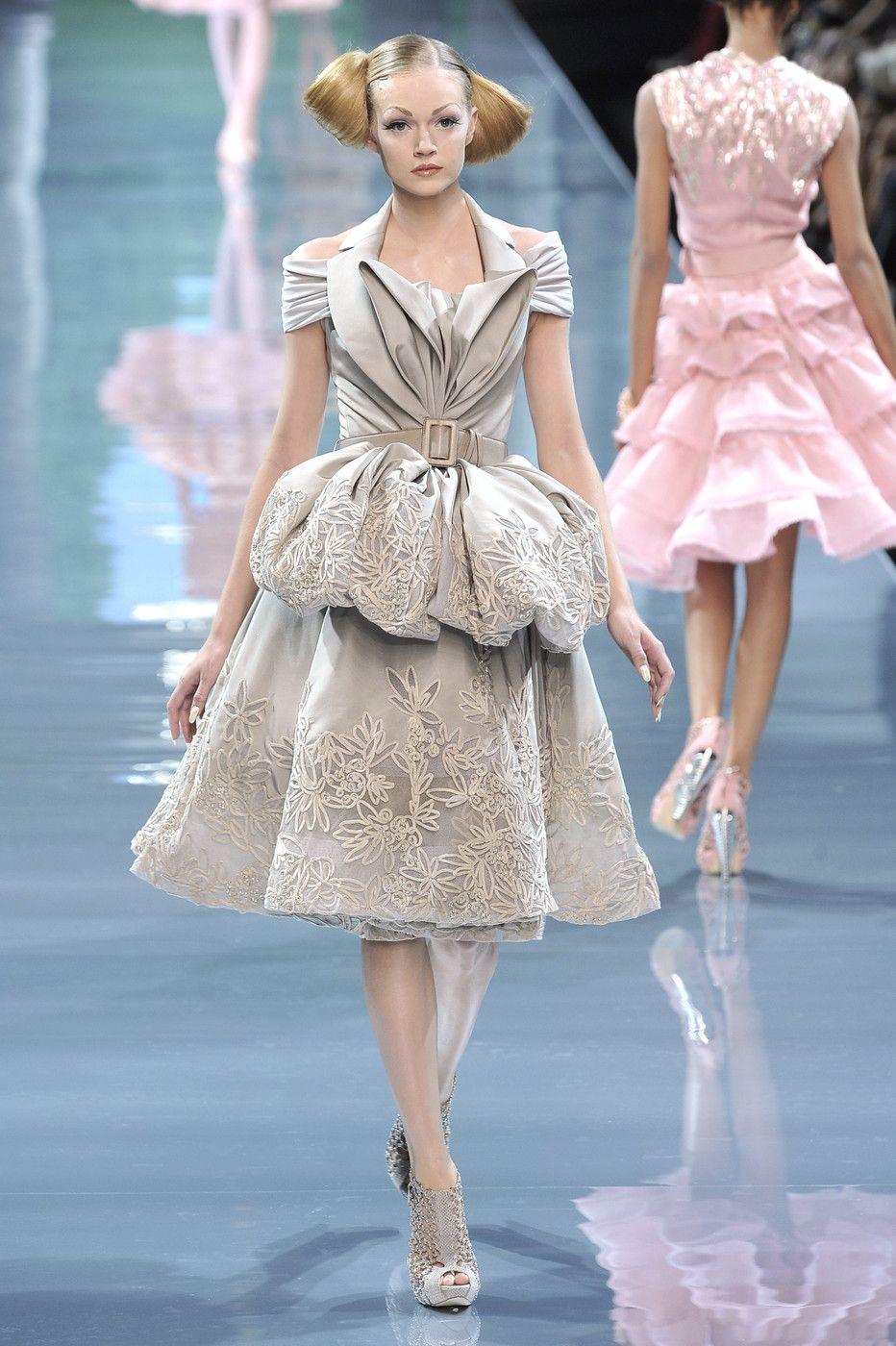 Großartig Dior Prom Kleider Galerie - Brautkleider Ideen - cashingy.info