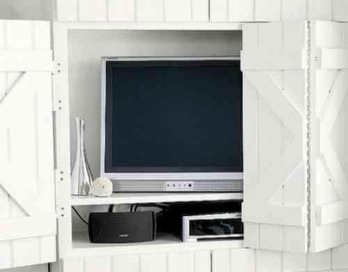 cacher sa t l avec une porte coulissante 48 id es int ressantes d co int rieure mobilier. Black Bedroom Furniture Sets. Home Design Ideas