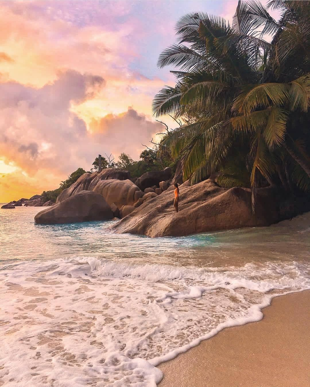 Seychelles Island Beaches: Praslin #Seychelles @ninjarod