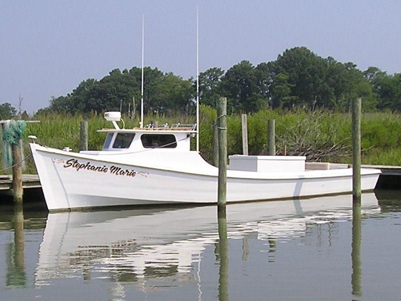 deadrise boat   Wooden boat plans, Boat