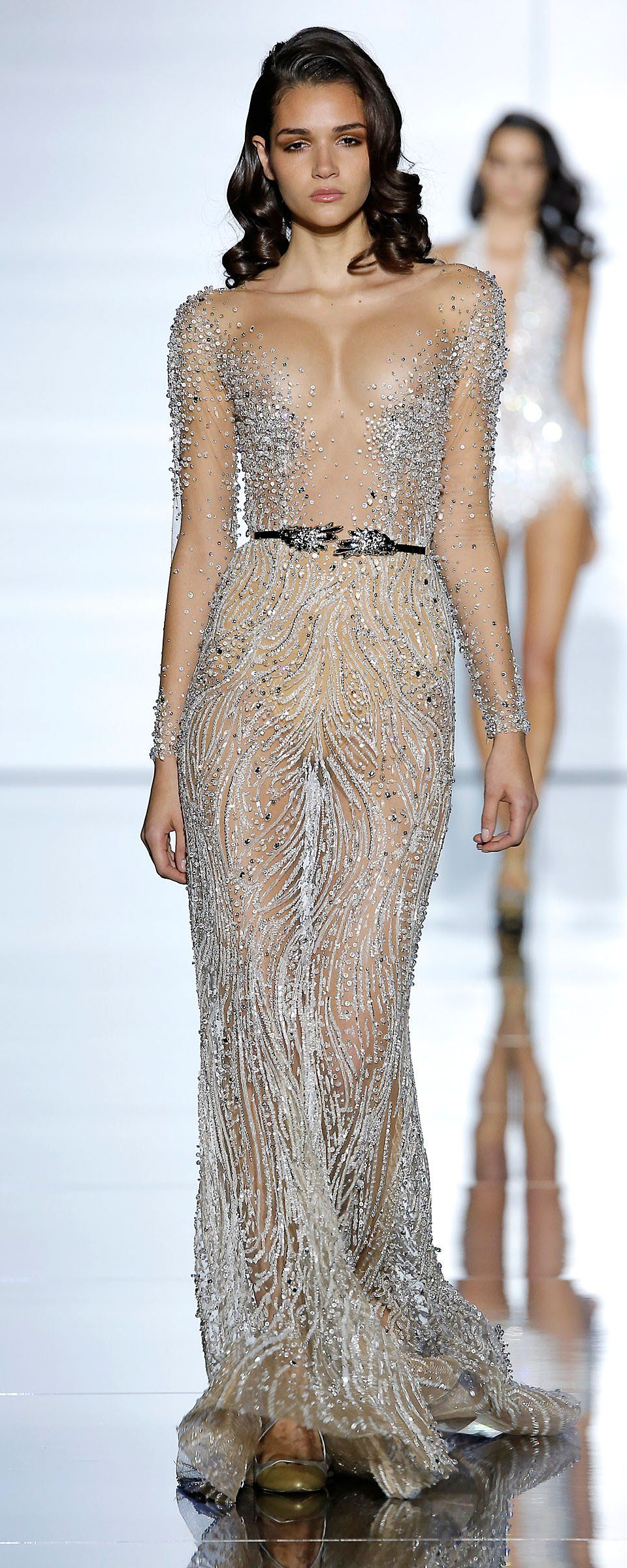 b5f17047b883 Zuhair Murad Official pictures