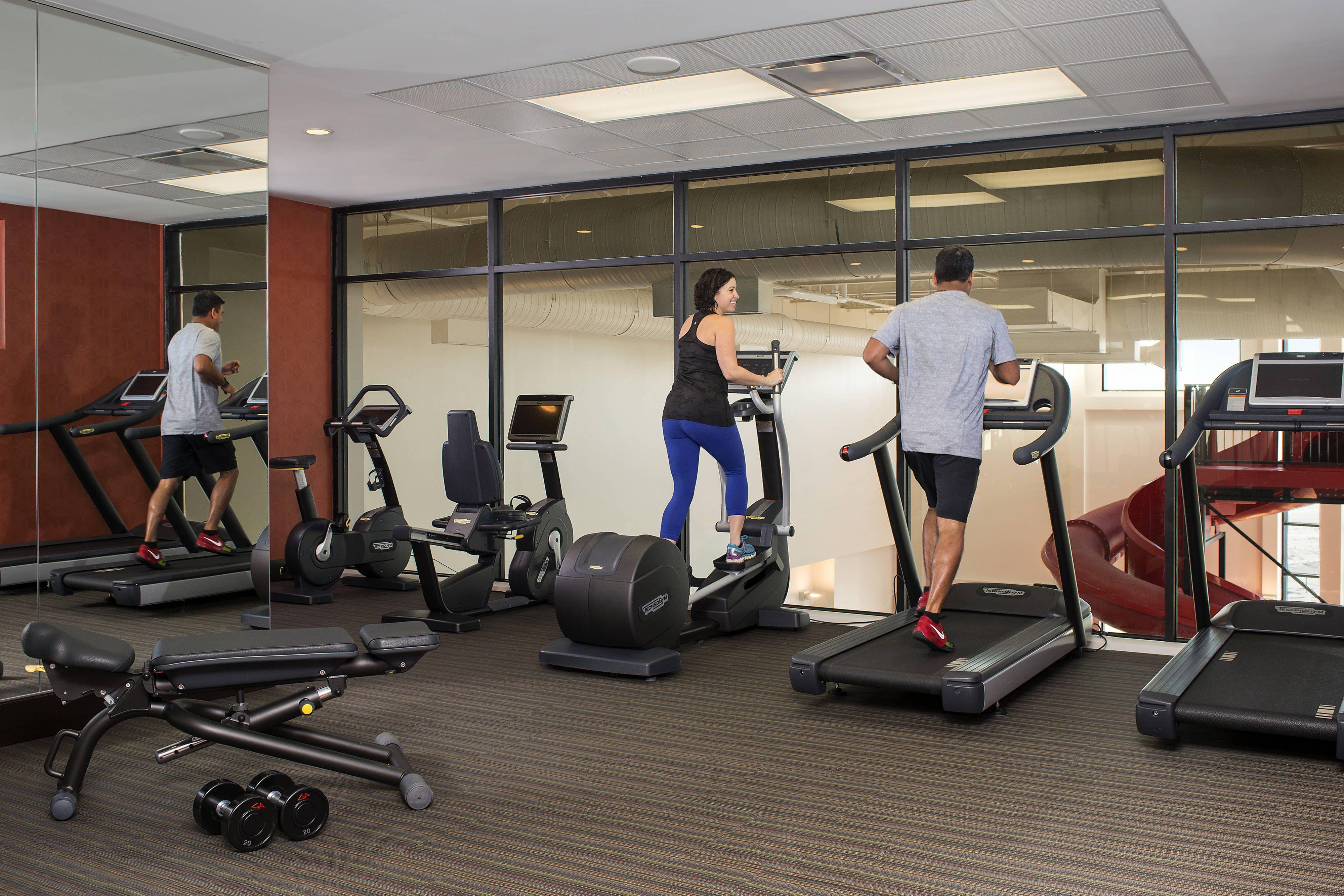 Residence Inn Calgary South Fitness Centre Travel Guestbathroom Enjoying Hotels In Calgary Leading Hotels Courtyard