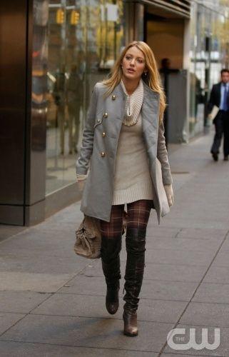 Black Leggings with Brown Boots   Sighted  Gossip Girl Serena in Phillip  Lim Coat   Malandrino Sweater . 6ecac66efa