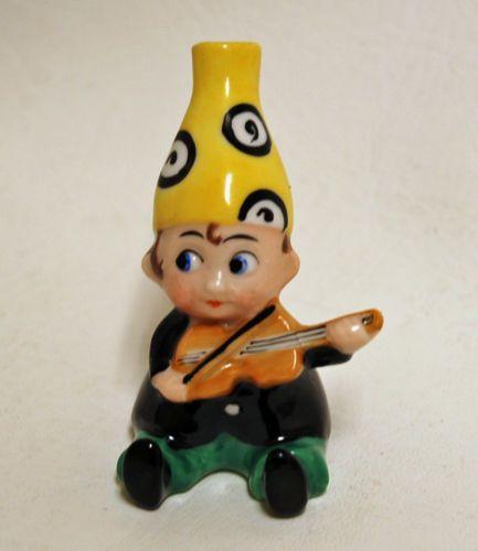 Vintage-German-Crown-Top-Porcelain-Figural-Perfume-Scent-Bottle-Boy-Child-Music